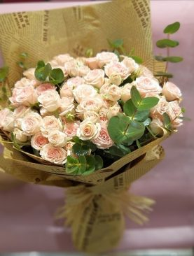 Light Peach Baby Roses with Eucalyptus Flowers